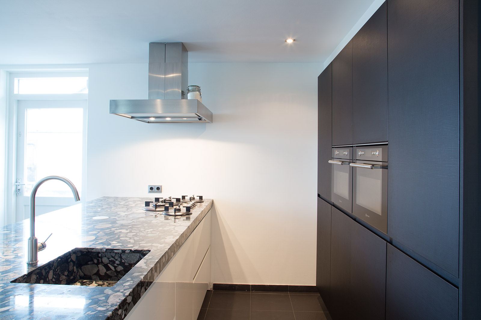 Keuken Kasten Melamine : Hoogglans keuken - CVH Design - Maatinterieur ...