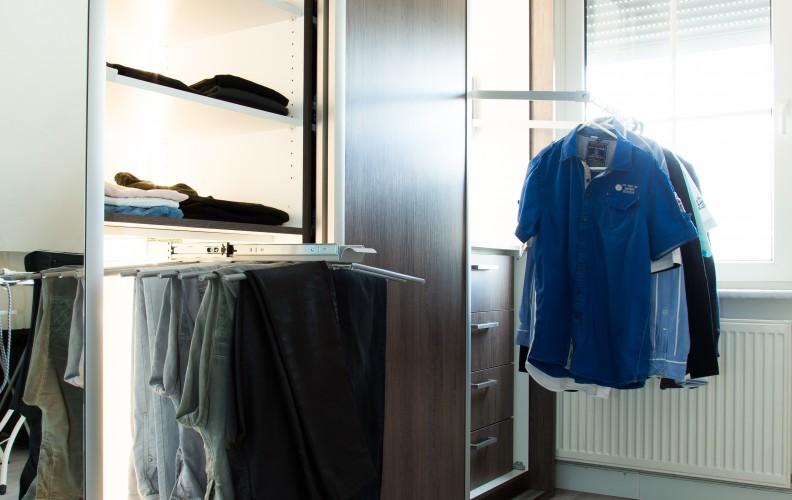 Schuifkast met spiegeldeur en ledverlichting